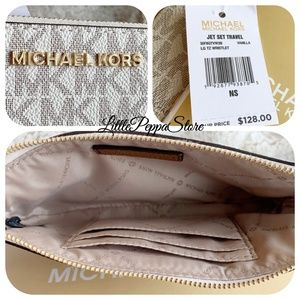 MICHAEL Michael Kors Bags - MICHAEL KORS JET SET WRISTLET MK VANILLA